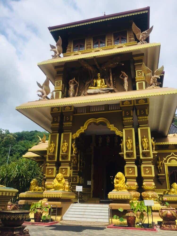 Mahamevnawa_  Buddhist Medidation Monastery_ Polgahawela