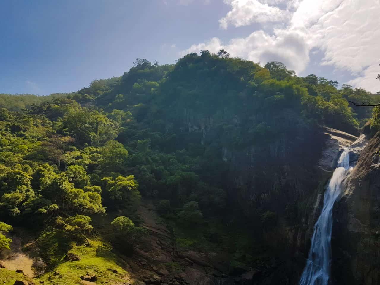 Dunhinda falls, Sri lanka,water fall, beautiful water fall