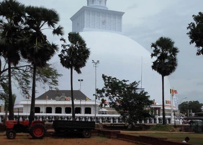 Anuradhapura -ruwanwalisaya-wowtovisit