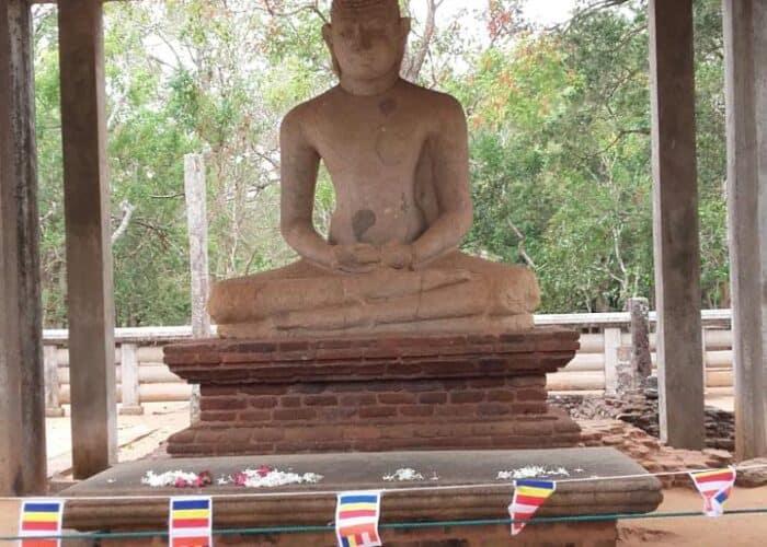 Anuradhapura -wowtovisit-ancientcity